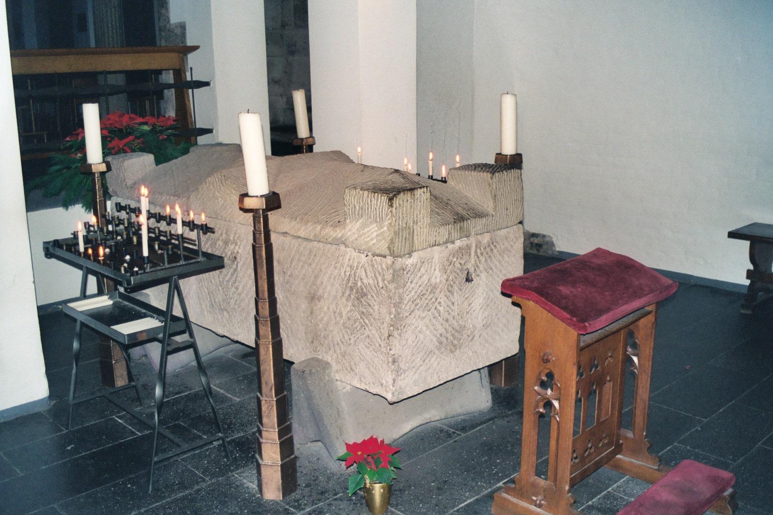 2004_Köln_Sarkophag_Albertus_Magnus