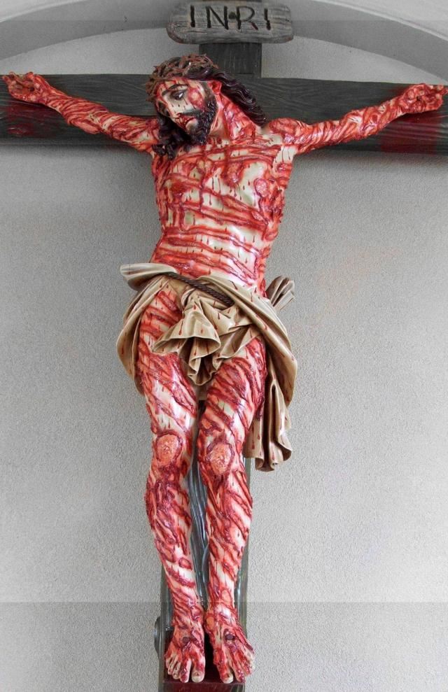scarred-christ-crucified
